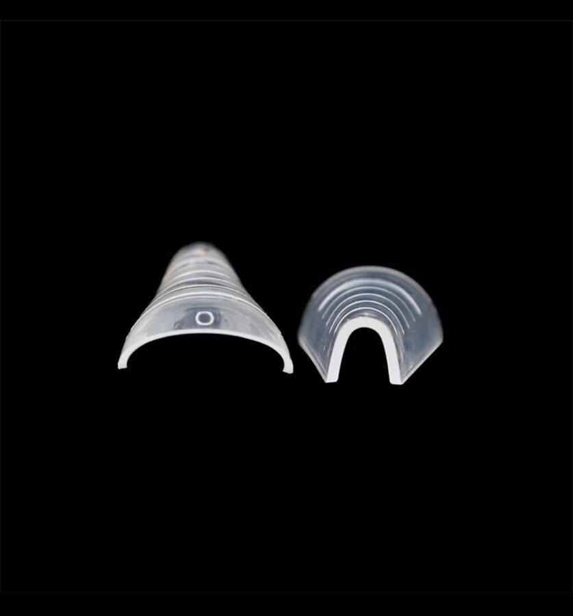 """,,La Mani"""" migdolo formos arkinės formelės"""